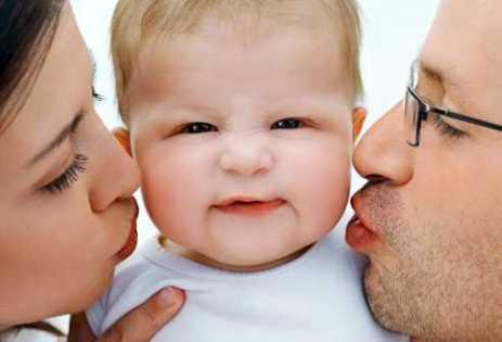 Bebeklerde inatçı ağlamanın nedenleri