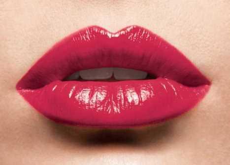 Makyajla dudak büyütme hileleri