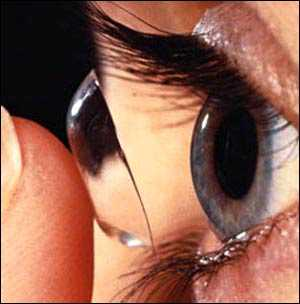 Kontakt Lens Kullananlara Makyaj Önerileri