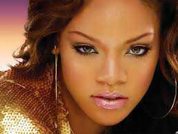 Rihanna'nın Güzellik Sırları