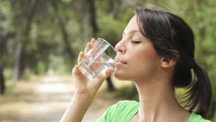 Su İçmenin Cilde Faydaları